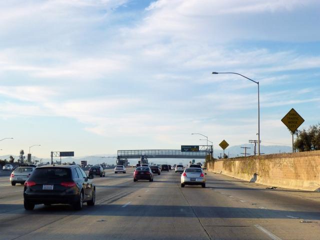 アメリカ大陸を車で横断するといったい何日かかるのでしょうか?