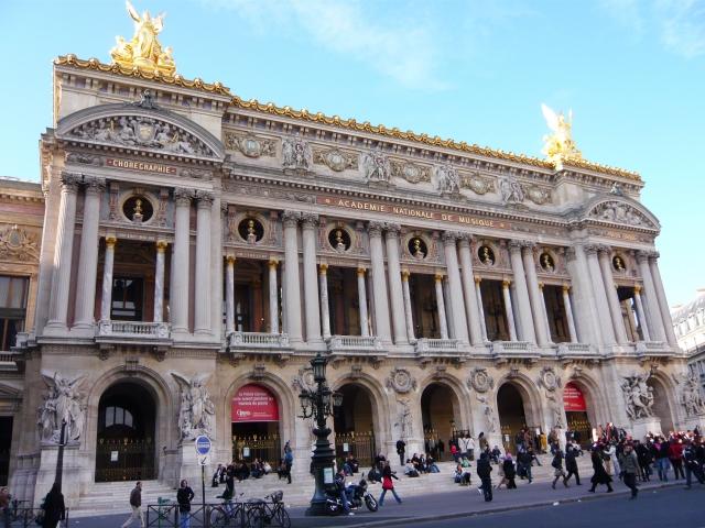 フランス パリのオペラ座|パリのど真ん中にあったものとは何?
