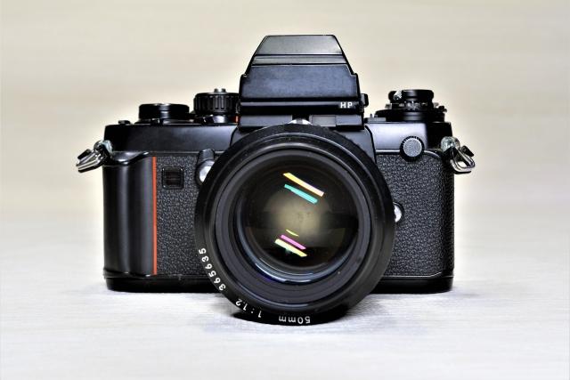 フィルムカメラの比較をしてみましょう|デジタルのように単純でない